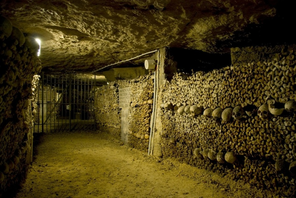 Terowongan Belulang di Paris | nowyouknowthis.com